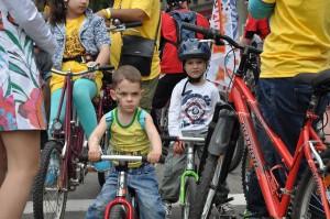 велосипед без педалей, беспедальный велосипед