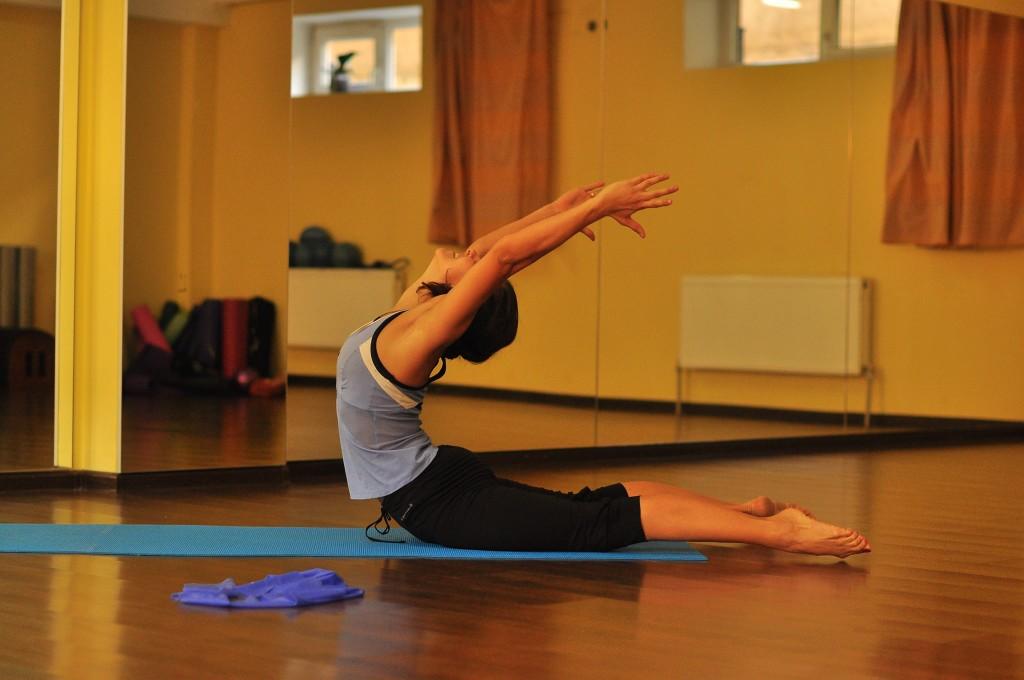 пилатес, упражнения после родов, гимнастика после родов
