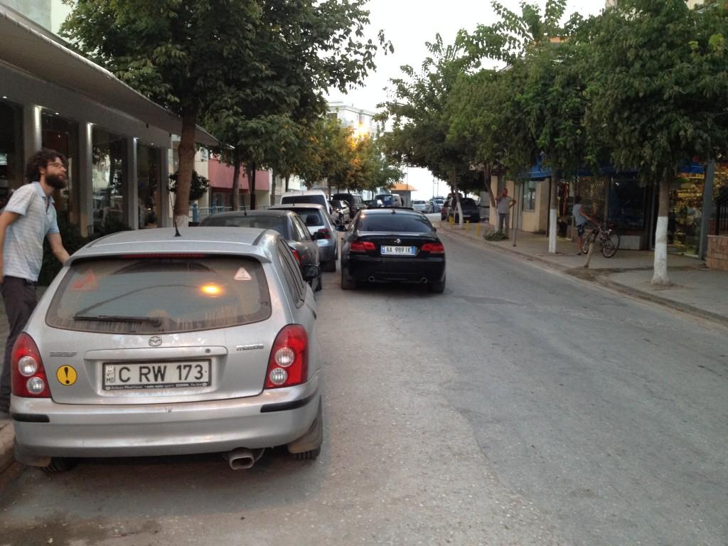 Албания правила дорожного движения