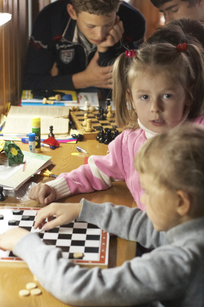 занятия шахматами для детей, школа Сергея Мокана