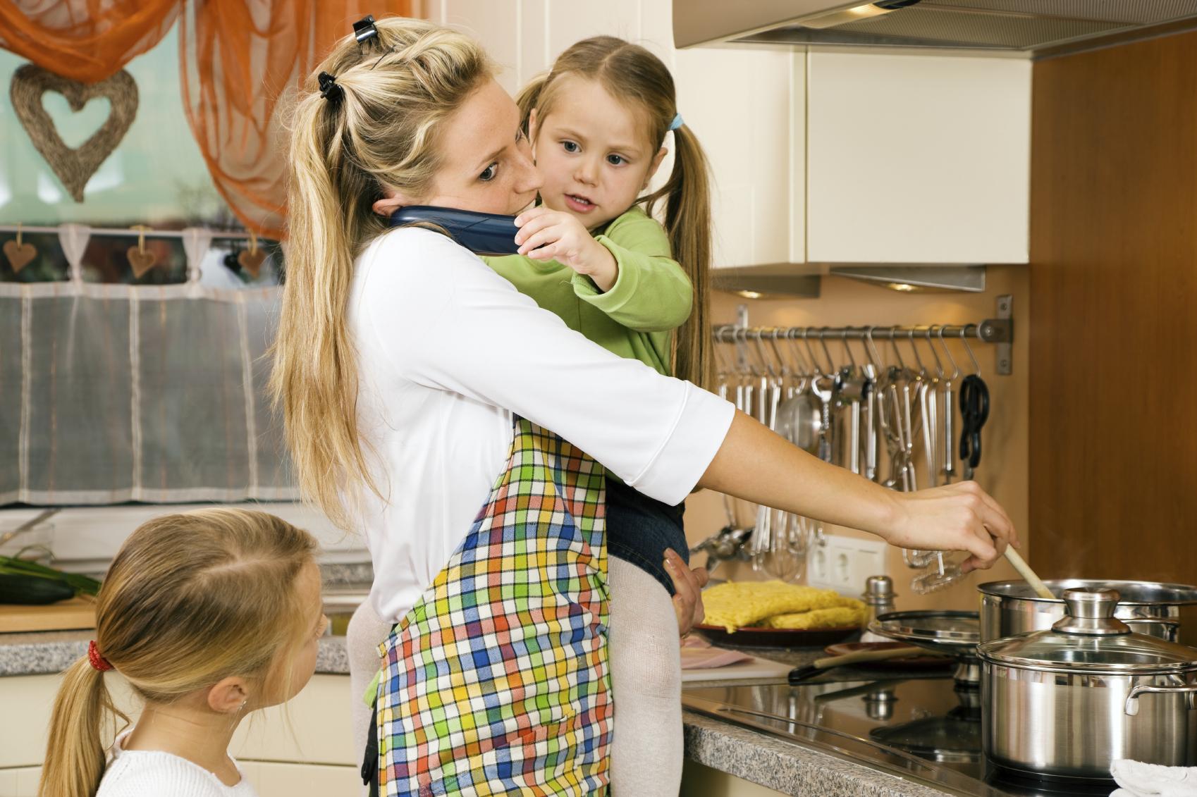 занятая мама, деловая мама