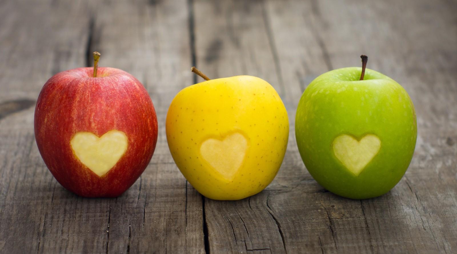 красный жёлтый зелёный, яблоки