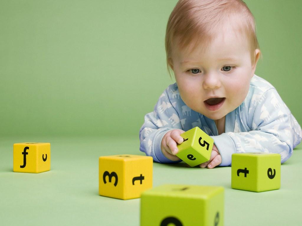 раннее развитие, с рождения, с пелёнок