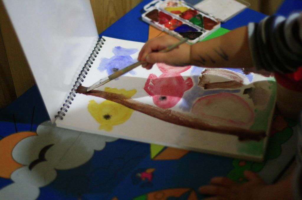 рыбки акварелью рисуем с ребёнком