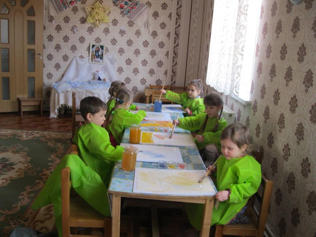урок рисования в вальдорфском детском саду