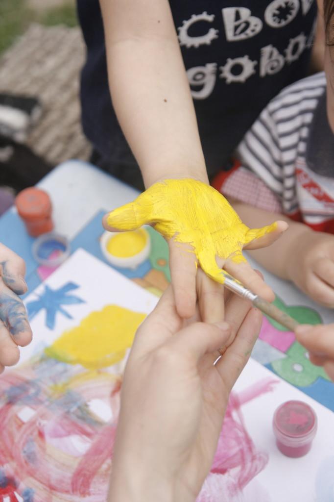 идеи для детского дня рождения, рисуем ладошками