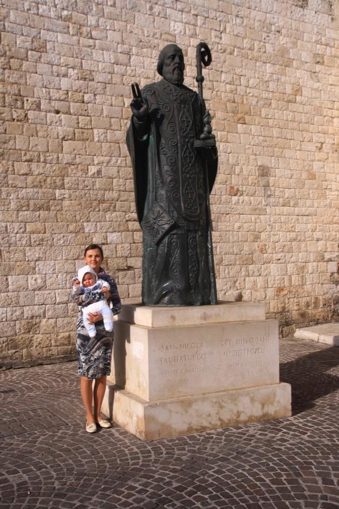памятник Николаю Чудотворцу, Бари