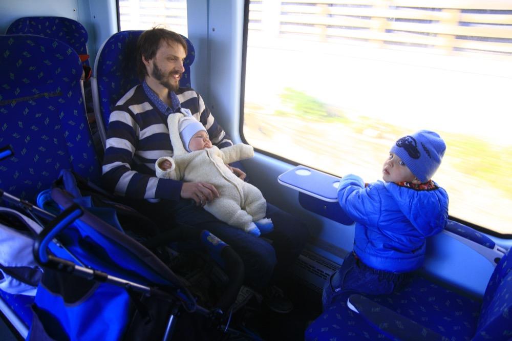 в поезде с детьми