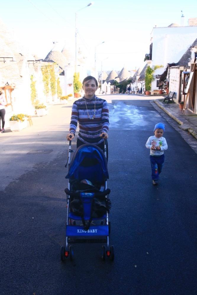 как путешествовать с двумя детьми