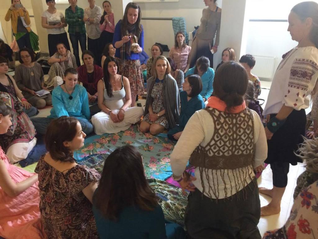 церемония благословляя путь для беременных