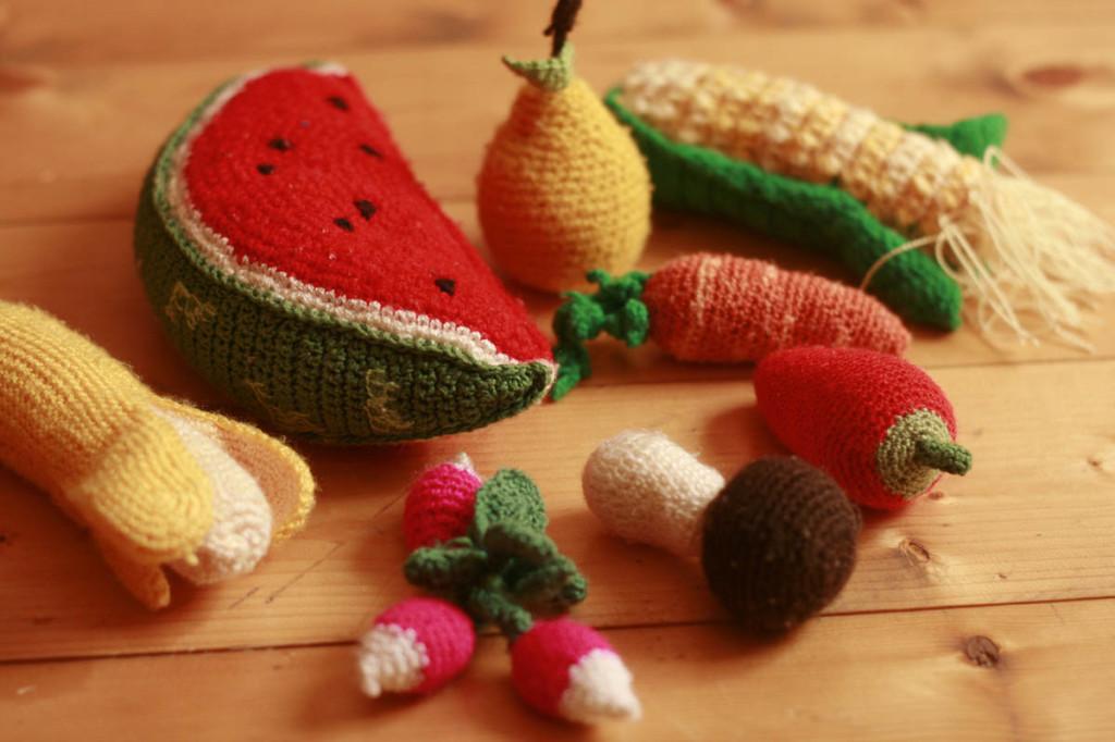 вязаные фрукты и овощи