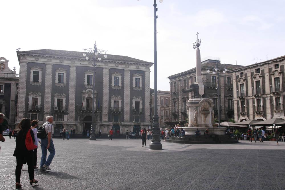 площадь Duomo Катания