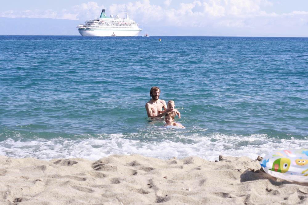 Джардини Наксос пляж