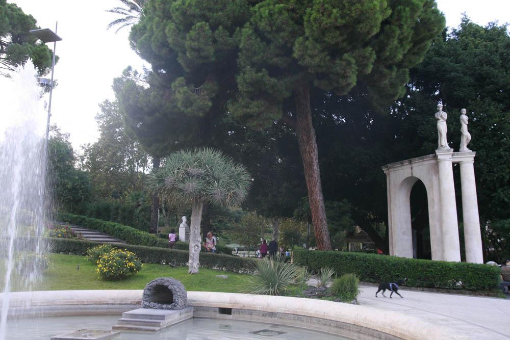 парк Вилла Беллини Катания
