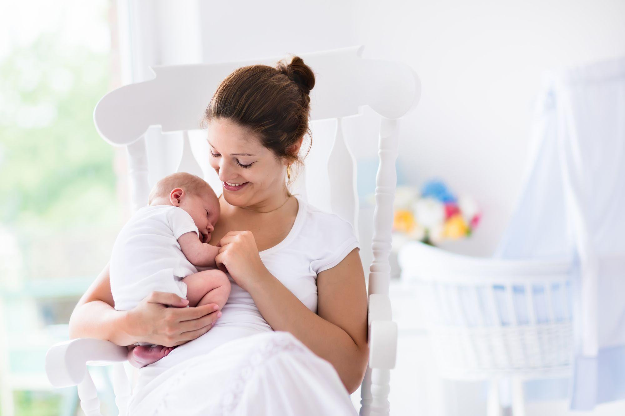 мама и новорожденный после родов
