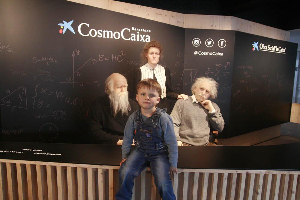 восковые фигуры Дарвина Эйнштейна
