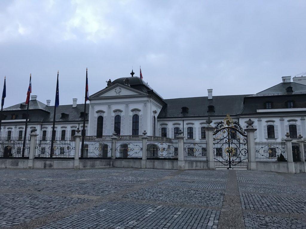 Дворец Грассалковичей, Братислава