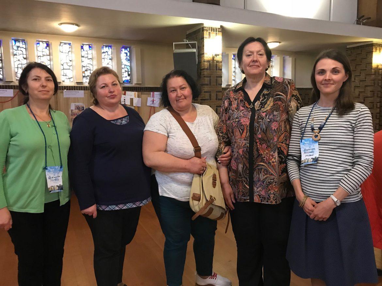 молдавские врачи и акушерки